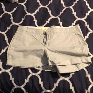 Old Navy grey shorts